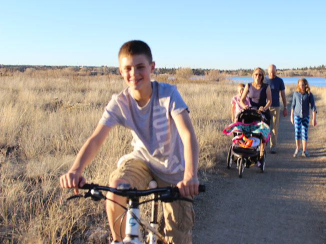 Family, bicycle, stroller, hiking, trail, Willow Lake Loop Hiking Trail, Prescott, Central Arizona