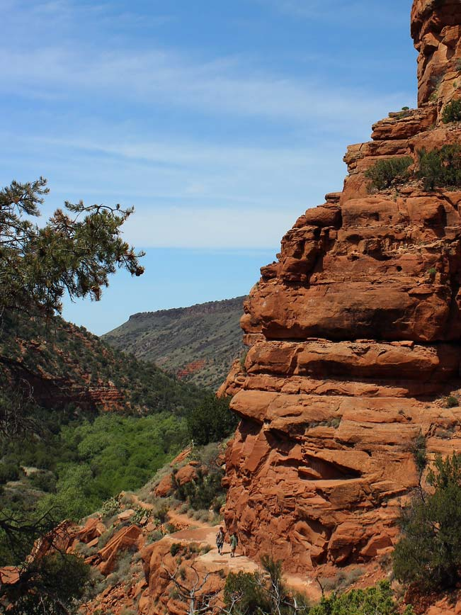 Two Hikers, Canyon, Bell Trail, Wet Beaver Creek Valley, Arizona, Sedona