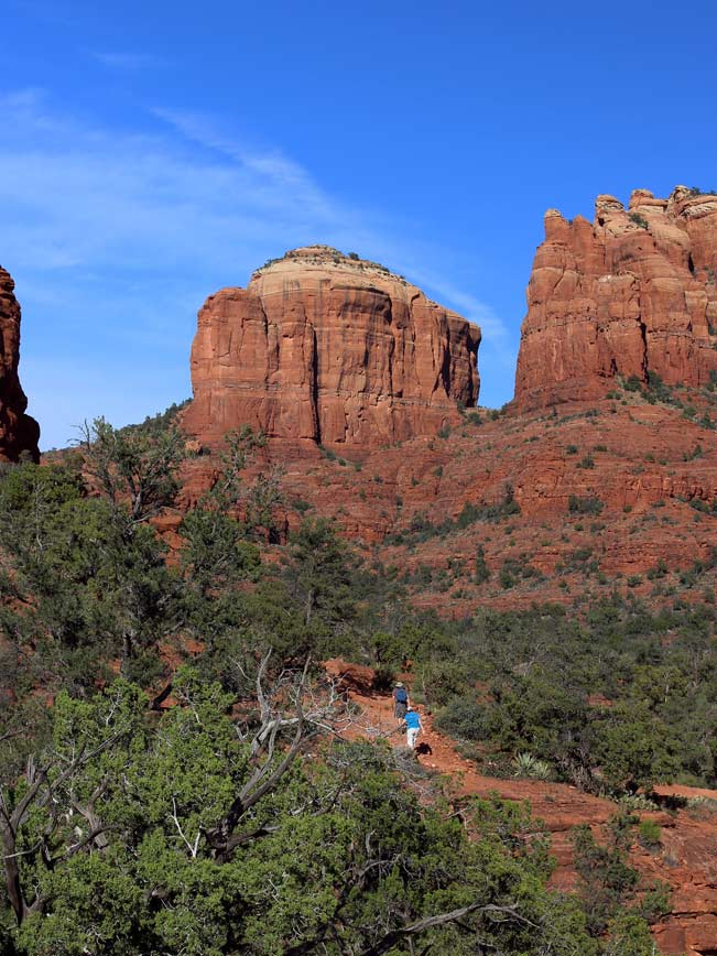 Landscape, Hikers, Sedona, Arizona, Baldwin Loop Hiking Trail, Cathedral Rock