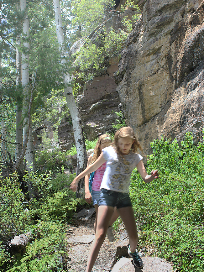 Girls, Hikers, Granite, Canyon, Flagstaff, Arizona, Kachina Trail, San Francisco Mountains