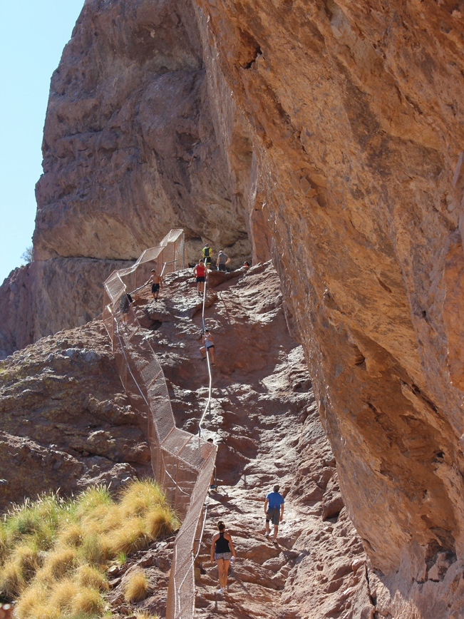 Landscape, Hikers, Steep, Cliffs, Camelback Mountain, Echo Canyon Hiking Trail, Phoenix, Arizona