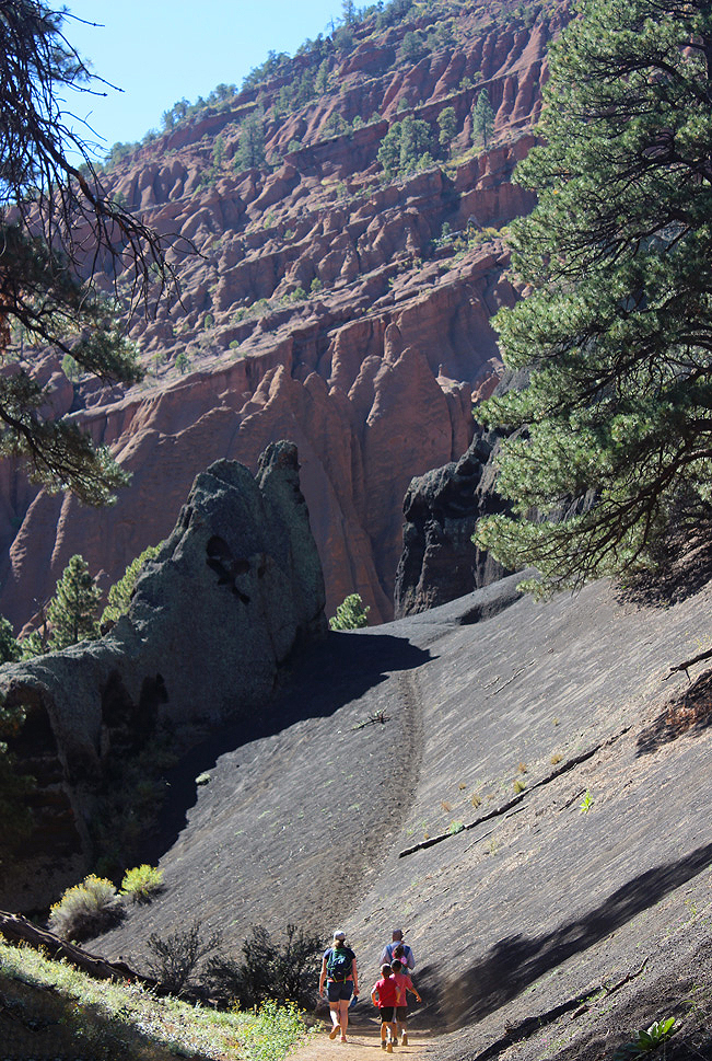Landscape, View, Family, Hikers, Cliff, Cinder Cone,Flagstaff, Arizona, Red Mountain, Red Mountain Hiking Trail
