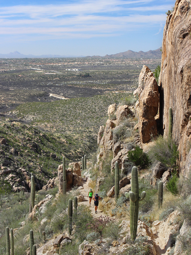 Landscape, View, Hikers, Romero Hiking Trail, Romero Canyon, Santa Catalina Mountains, Tucson, Skyline, Marana, Arizona, Mountains , Tucson Area Hikes, Water Hikes