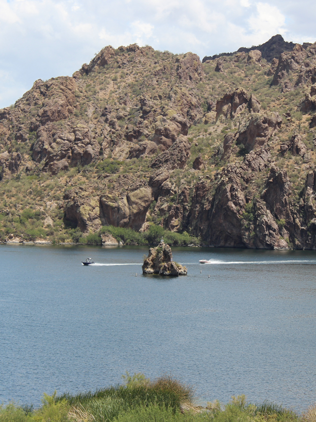 Landscape, View, Boats, Cliffs, Shiprock, Saguaro Lake, Arizona, Butcher Jones Hiking Trail. Moderate Hikes. Phoenix Area Hikes. Family Friendly Hikes. Pet Friendly Hikes.