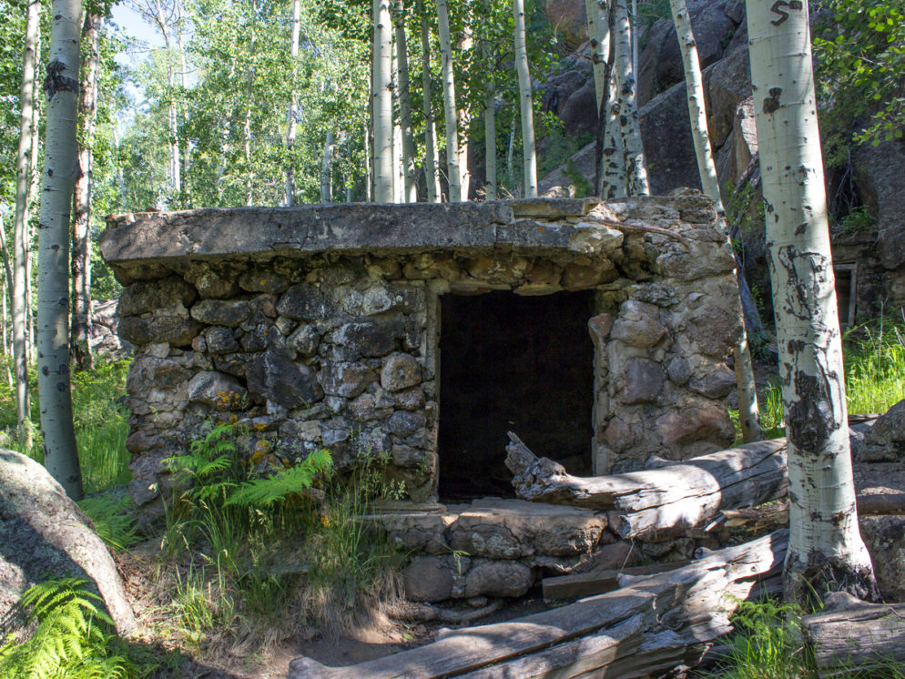 Veit Hiking Trail; Flagstaff; Arizona; Spring; Historical Structure; Mountain; Northern Arizona Hiking Trails; Easy Hiking Trails; Family Friendly Hiking Trails; Dog Friendly Hiking Trails. Copyright azutopia. No use without permission.
