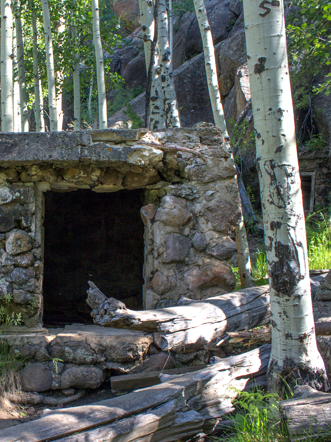 Veit Hiking Trail; Flagstaff; Arizona; Spring; Historical Structure; Mountain; Northern Arizona Hiking Trails; Easy Hiking Trails; Family Friendly Hiking Trails; Dog Friendly Hiking Trails. Veit Hiking Trail; Flagstaff; Arizona; Cabin; Historical Structure; Mountain; Northern Arizona Hiking Trails; Easy Hiking Trails; Family Friendly Hiking Trails; Dog Friendly Hiking Trails. Copyright azutopia.com. No use without permission.
